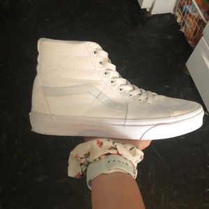 High top white vans
